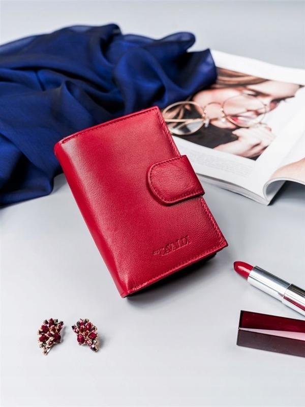 Женский кожаный кошелек красный 2413
