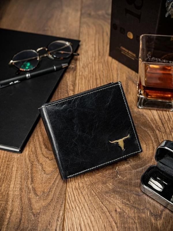 Мужской кожаный кошелек черный 1660