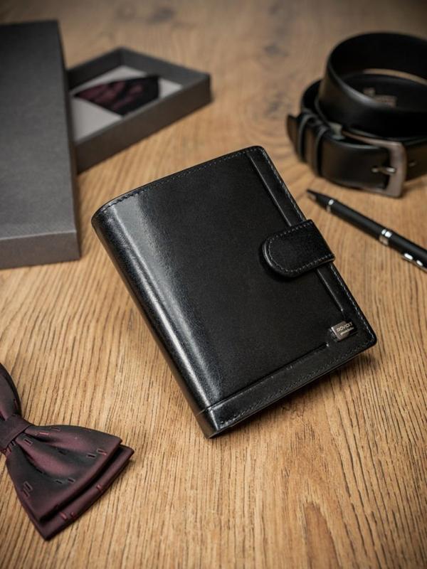 Мужской кожаный кошелек черный 371