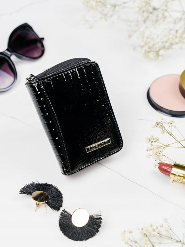 Жіночий шкіряний гаманець чорний 2110