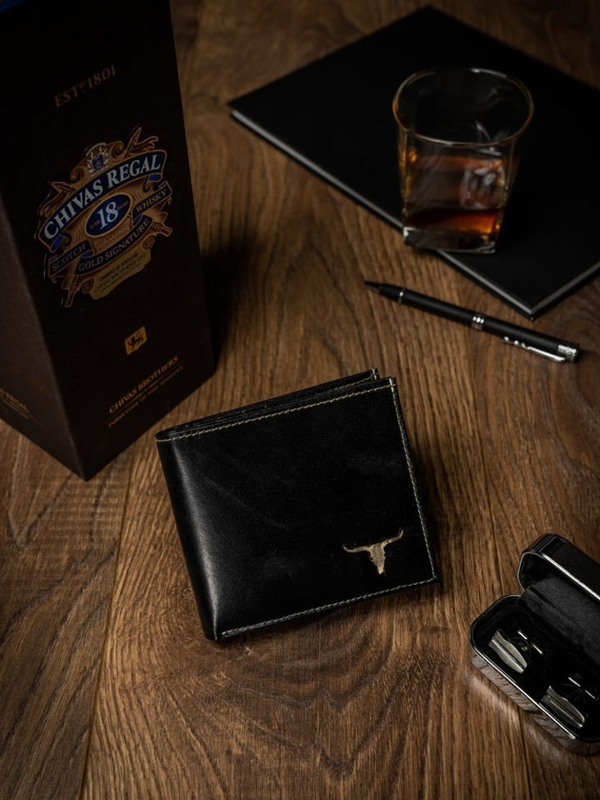 Чоловічий гаманець шкіряний чорний 462